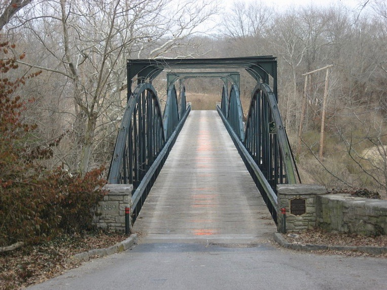 haunted Old Richardsville Road Bridge Bowling Green Kentucky ghost crybaby bridge