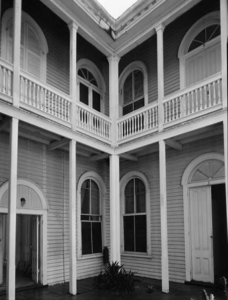 Gato House Key West Florida former hospital ghosts haunted