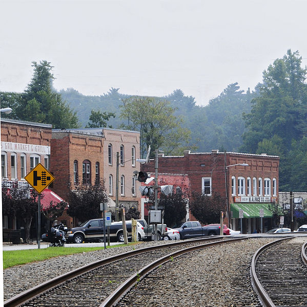 downtown Saluda North Carolina