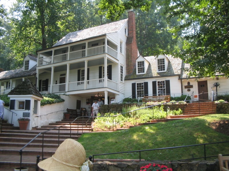 Michie Tavern Charlottesville Virginia ghosts haunted