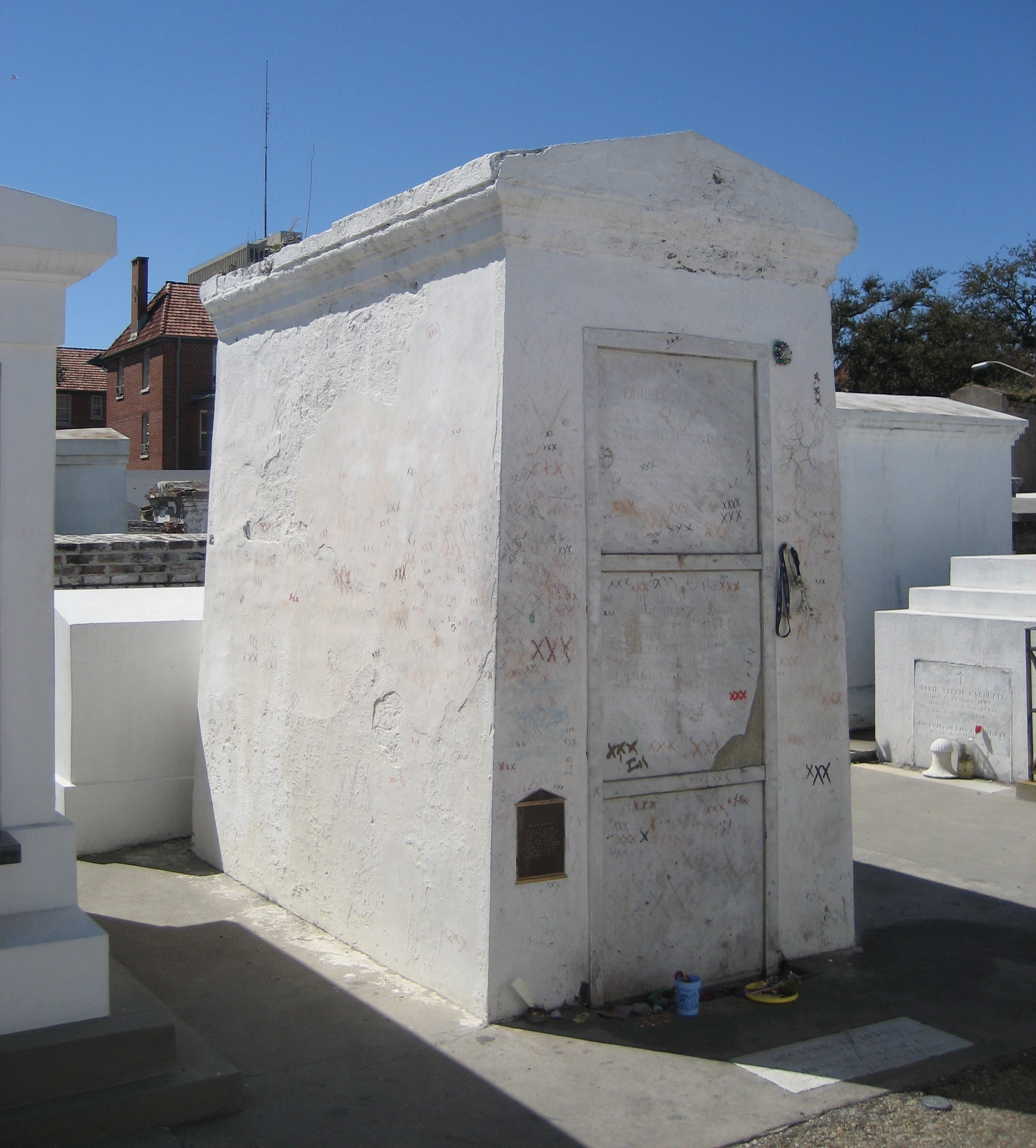tomb of Marie Laveau Basin Street New Orleans St. Louis Cemetery No. 1 ghosts haunted