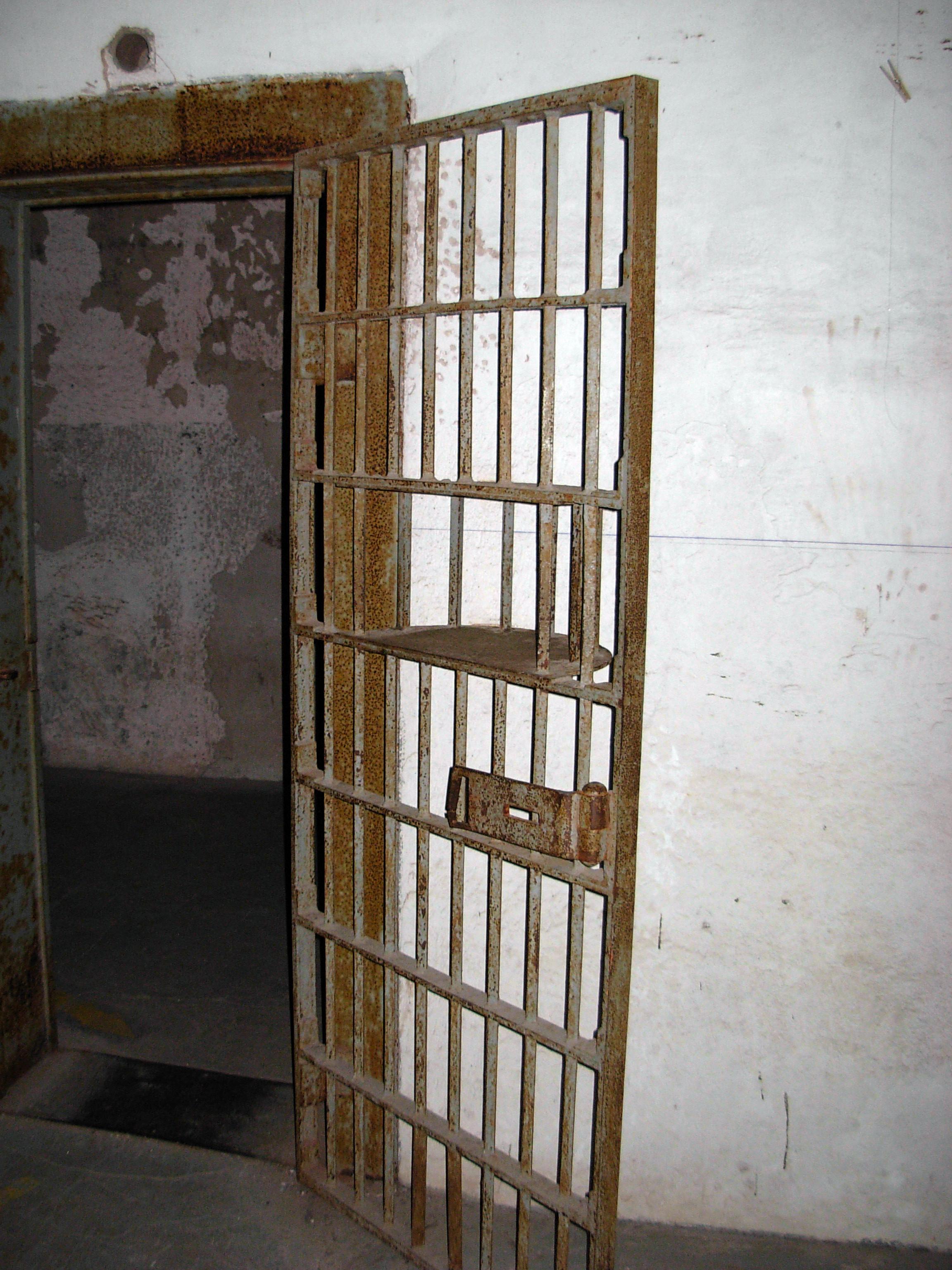 ghosts Old City Jail Charleston South Carolina haunted