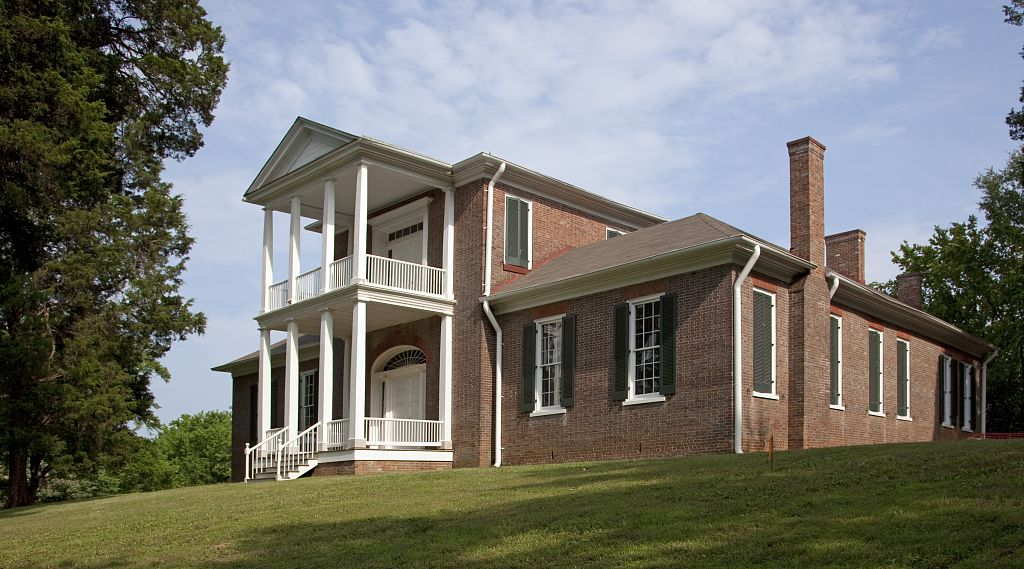 haunted Belle Mont Tuscumbia Alabama ghosts