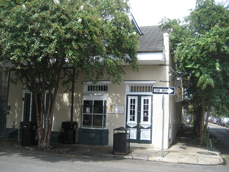 cosimo's bar french quarter new orleans louisiana ghosts haunted